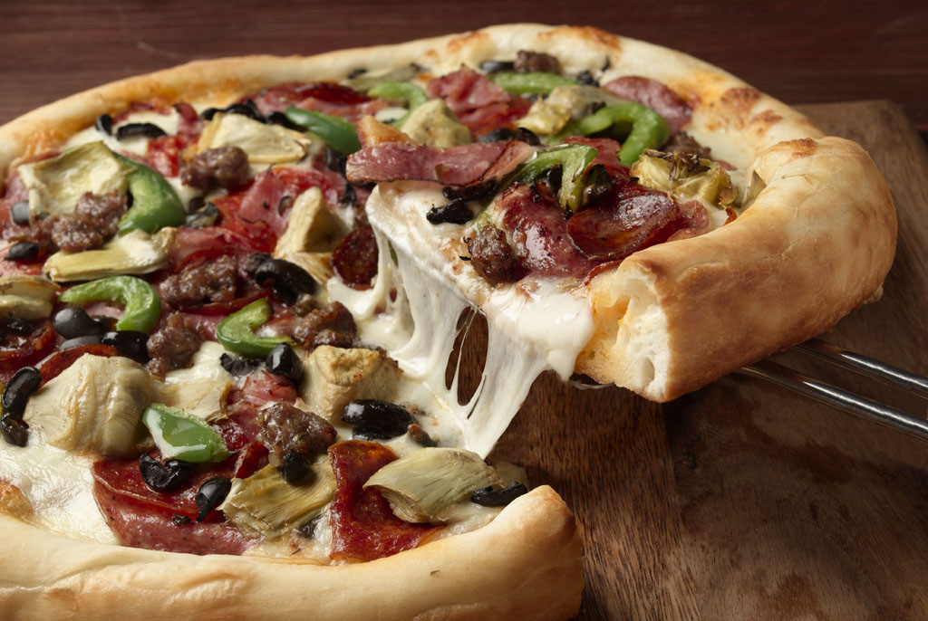 Pete's Restaurants make pizza the way you know pizza should be.